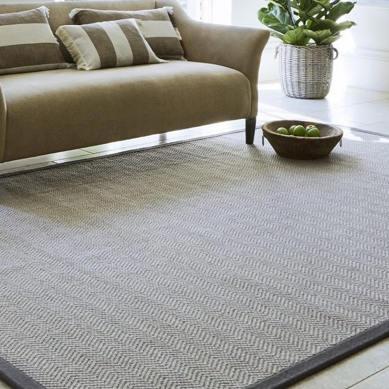 'Click & Collect' luxury rugs from Jacaranda