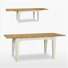 Coelo Medium Dining Table with 2 Extension Leaves