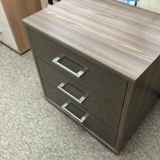 WELLEMOBEL Highlight 3 Drawer Bedside Chest